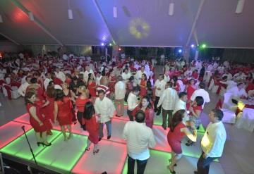 Un éxito la Cena Baile Roja de la Cruz Roja Mexicana en Tabasco