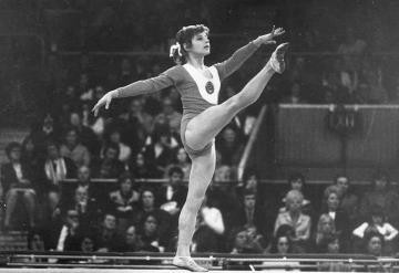 Gimnasta vende sus 5 medallas olímpicas