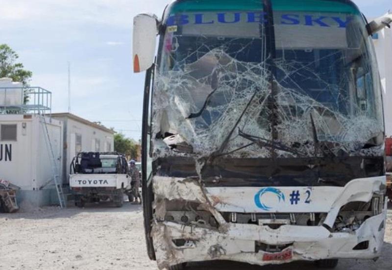 Van 38 muertos por autobús que arrolló a banda musical y a multitud