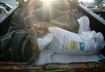 Detienen a tres sujetos por robar 18 bultos de azúcar a Sam´s de Guayabal