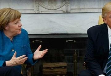 Donald Trump ignora a Angela Merkel y no le estrecha la mano