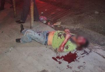 Franeleros se atacan a puñaladas en Tamulté