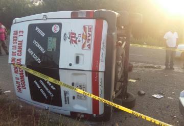 Fallece menor en volcadura en la Villahermos-Teapa