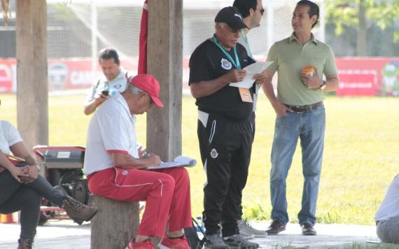 Hugo Díaz busca al nuevo ´Omar Bravo´ en Tabasco