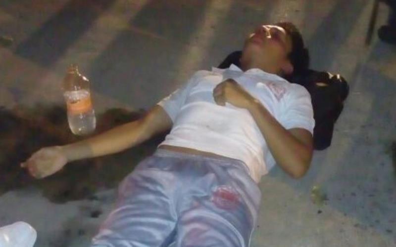 Estudiante es golpeado salvajemente por sus compañeros del COBATAB