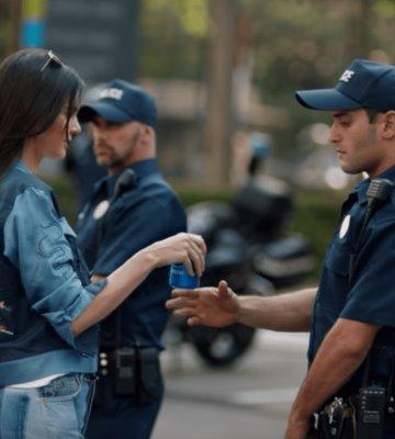 Pepsi retira comercial con Kendall Jenner y se disculpa