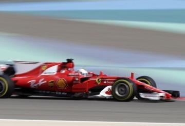 Piloto Sebastian Vettel domina primeros entrenamientos del GP de Baréin
