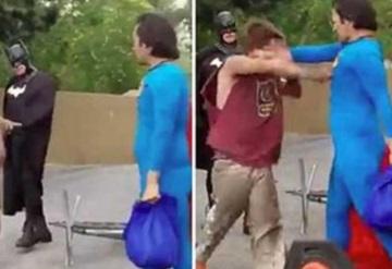 Superman da golpiza a indigente que atacóa Batman