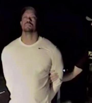 El vídeo del arresto de Tiger Woods aumenta su humillación pública