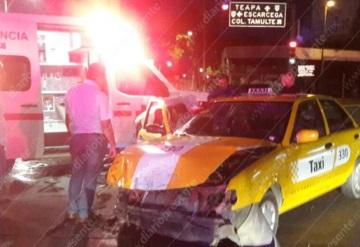 Accidente por el Monumento Sánchez Magallanes deja dos heridos