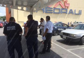 Cuentahabiente es asaltado tras retirar en Banamex de Plaza las Américas | Villahermosa