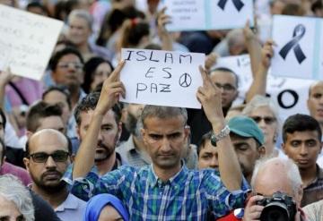 Jóvenes agreden a mujer musulmana en Madrid