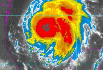 CNH: Harvey se dirige a Texas y podría convertirse en huracán: