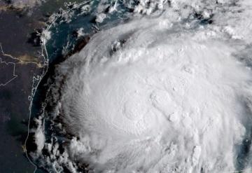Harvey de categoría 2 amenaza con devastar a localidades de Texas y Luisiana