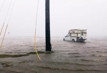 Harvey provoca inundaciones catastróficas en el sur de Texas