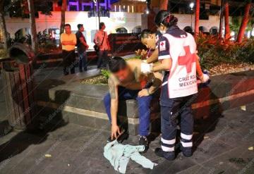 Joven es asaltado y apuñalado en el Parque Juárez | Villahermosa