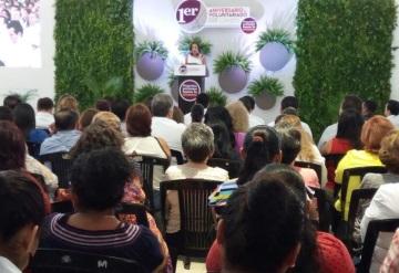 Martha Lilia López Aguilera celebra el primer aniversario del voluntariado del DIF Centro