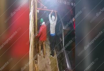 Sujetos intentan entrar a robar a una casa del fraccionamiento Bonanza