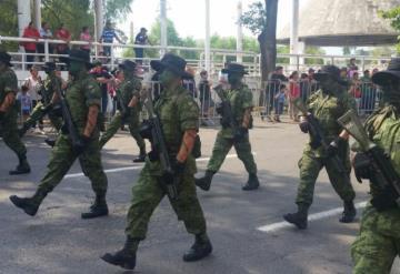 Inicia el desfile conmemorativo a 207 años del inicio de la guerra de independencia de Mexico