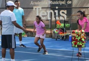 Ayuntamiento de Centro organiza torneo de tenis en el Recreativo de Atasta