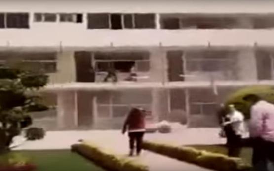 Momentos después de que se derrumba el colegio ´Enrique Rébsamen´ (VIDEO)