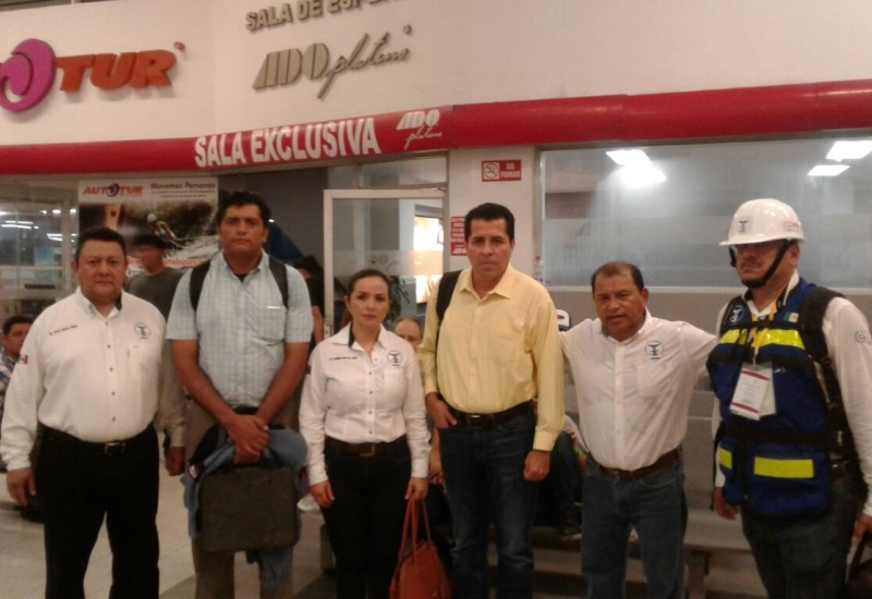 Viajan tabasqueños a CDMX para apoyar en tareas de inspección tras sismo