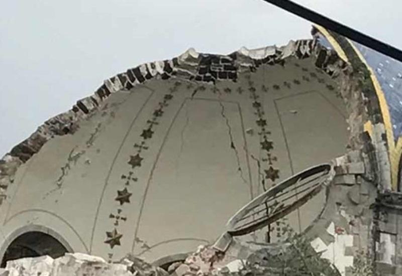 Se desploma cúpula de parroquia en la CDMX