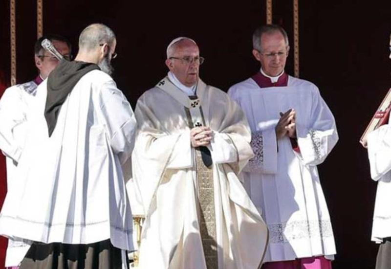 El Papa canoniza a tres niños indígenas mexicanos