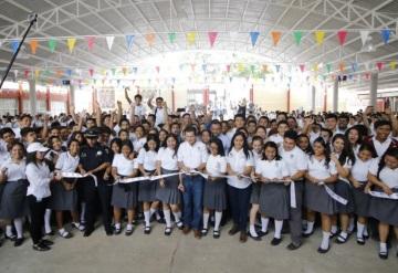El CETIS 70 ya cuenta con techumbre y lo inaugura Gerardo Gaudiano