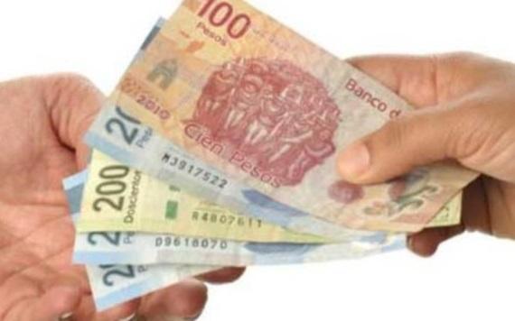 Proponen eliminar impuestos al salario de trabajadores que ganan menos de 15 mil pesos