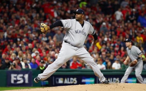 Los Astros se imponen y jugarán un decisivo hoy ante los Yankees