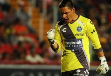 Club de Cuervos ficha por error a Moises Muñoz