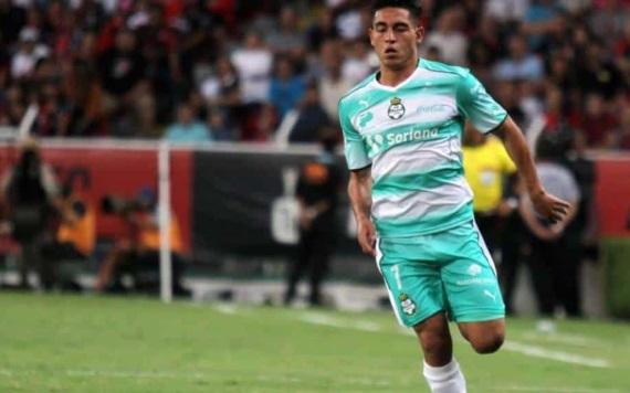 Chivas hace oficial la llegada de Sandoval