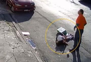 Camión jala cable de teléfono y casi decapita a una niña