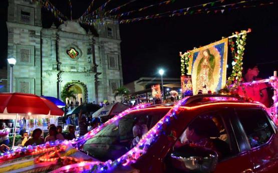 Tabasqueños festejan a la Virgen de Guadalupe