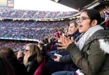 Nujeen Mustafá la refugiada Siria que inspira la campaña de Navidad del Barcelona