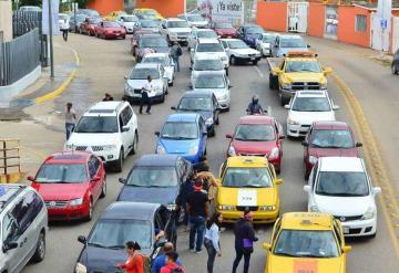 PEC ignora caos vial que se ocasiona en Av. Méndez