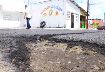 Lluvias dejaron cientos de baches, el asfalto no resistió lluvias