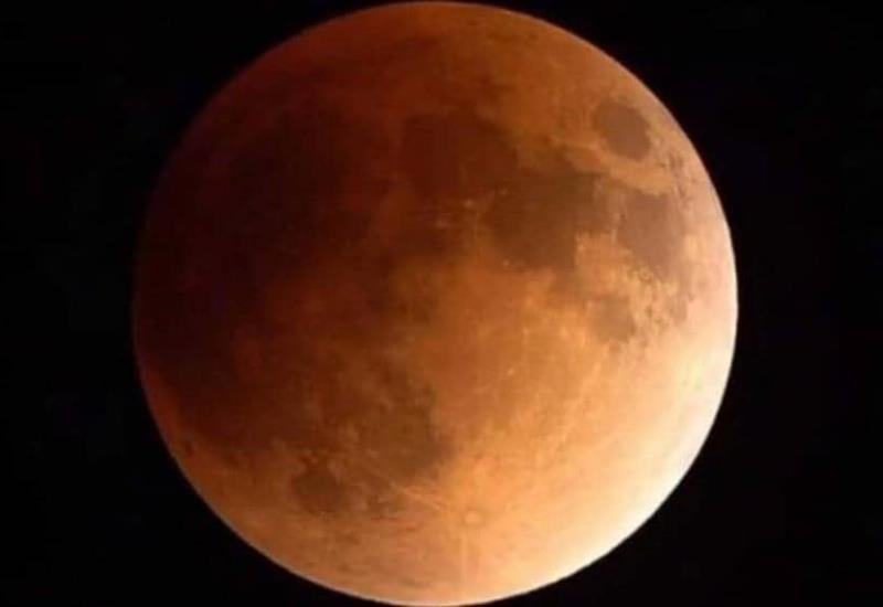 Observa en vivo el eclipse total de superluna azul de sangre