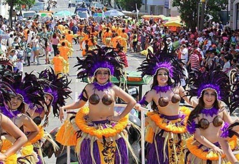Miles disfrutan del 2do día del carnaval en Veracruz