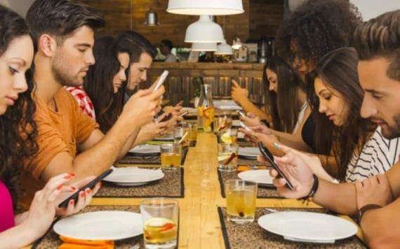 Estos son los daños que provoca el uso excesivo del celular