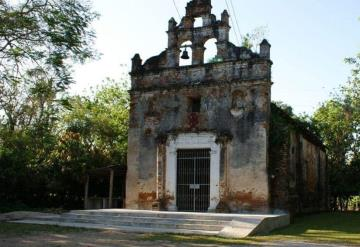 Ermitas corren riesgo de caerse en municipios tabasqueños