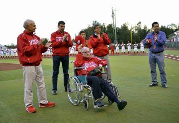 "Fallece ""Tommy Morales, gran decano del béisbol"