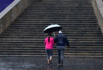Prevén ligera lluvia en inicio de semana