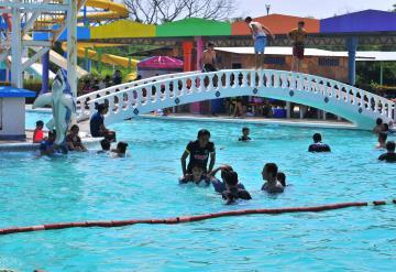 Llaman a prevenir infección en niños al visitar los balnearios