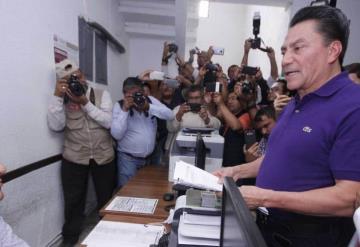 Oscar Cantón queda fuera de la contienda; no reunió las firmas