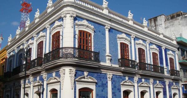 Invitan a exposici n gratuita en la casa de los azulejos for Casa de los azulejos historia
