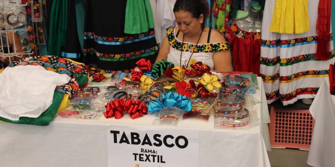 Lanzan convocatoria para que artesanos participen en la for Feria de artesanias 2016