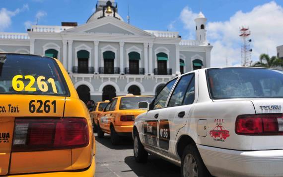 """Gobierno del Estado combate taxis """"pirata"""": ANJ"""