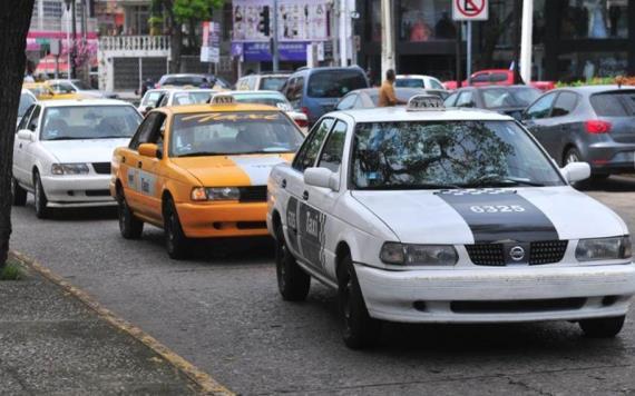 Diputado pide no penalizar a taxis piratas